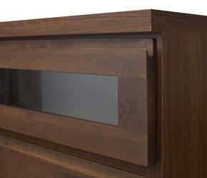 回転盤付き天然木テレビボード 取っ手のないシンプルな仕上げ