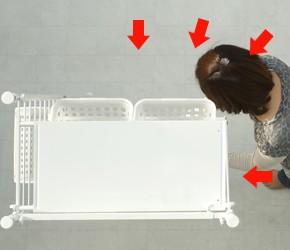 つっぱり式ランドリーラック 狭い空間でも洗濯物や小物が取り出しやすい設計。