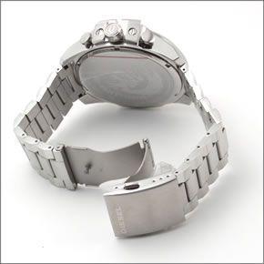 ディーゼル  メンズ 腕時計 人気のデカ系クロノグラフウオッチ  DZ4328