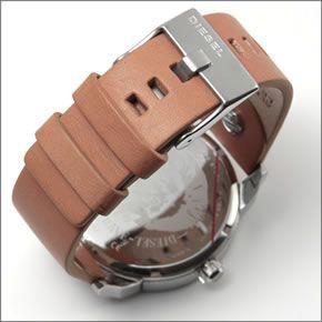 ディーゼル  メンズ 腕時計 人気の2Time表示レザーストラップ・ウオッチ DZ7308