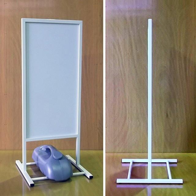 垂直型スタンド看板(S)写真