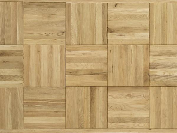 ナチュラルな質感が魅力の天板 楢材を使用