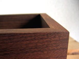 BOX MIRROR