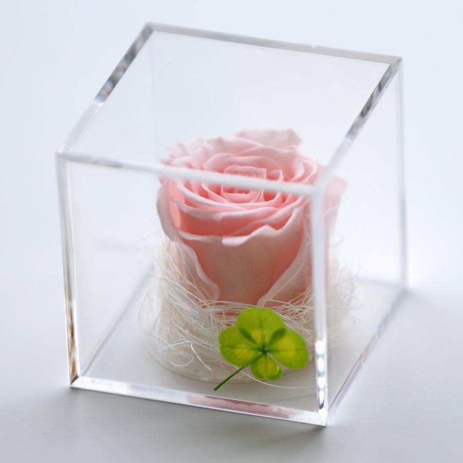 プリザーブドフラワー  誕生日 プレゼント 「キューブ」 光るバラ 花 ギフト 名入り 誕生日プレゼント 還暦祝い 女性 結婚記念日 退職祝い|a4s|21