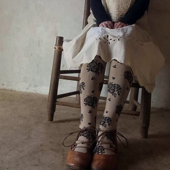 cocomonomamani ココモノママニ はずかし花タイツ ベージュ 13-25110