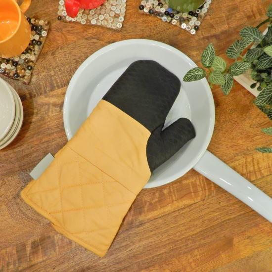 Glutton oven glove