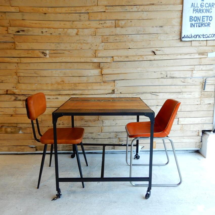 リサイクルウッド&アイアン ダイニングテーブル