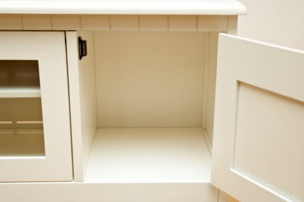 隠す扉収納には棚板はありません