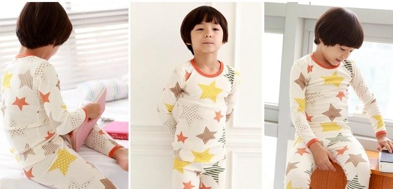 韓国子供服は、体にフィットするスリムタイプなので、ジャストサイズより、ワンサイズアップをおすすめしております。