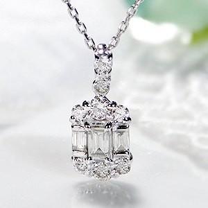 商品画像1 k18WG 0.2ct バケットカット ダイヤモンド ネックレス