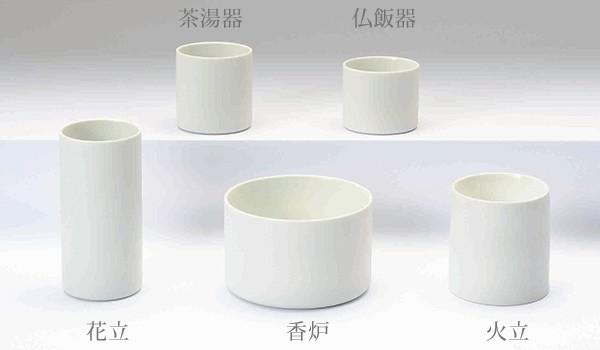 八木研の現代仏具 五具足 こなゆき ホワイト