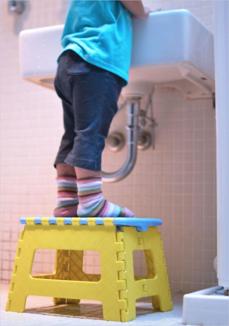 クラフタースツール (折り畳み式踏み台) Mサイズ 【スツール Crafter Stool 椅子 イス 折りたたみ式踏み台 ふみ台 脚立 ステップ 子ども用】