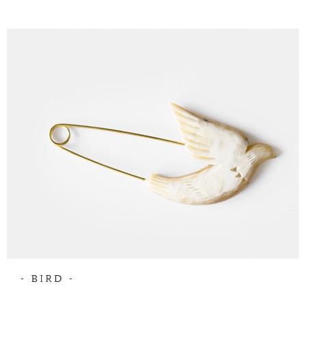 """Si-Si-Si(スースースー)<br>バッファローホーンバードブローチピン""""BIRD"""" n-163"""