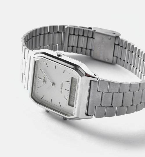 CASIO(カシオ)<br>アナデジ デュアルタイム 腕時計 aq-230a