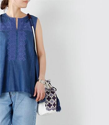 ne Quittez pas(ヌキテパ)エスニック柄刺繍タッセルドロースリングショルダーバッグ