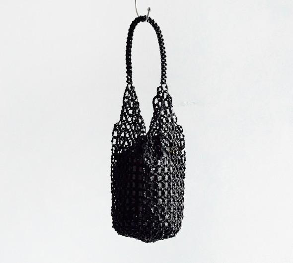 "ne Quittez pas(ヌキテパ)<br>スモールビーズバッグ 012001350b-s"" trifold-wallet"