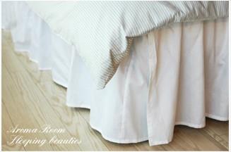 シンプルなタイプなので、すでにお持ちのベッドカバーにもぴったり♪