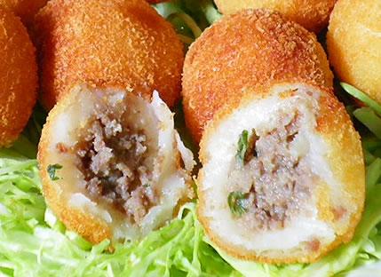 ブラジル料理 ボリンニョ 牛ひき肉入り