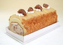 栗マロングラッセのロールケーキ