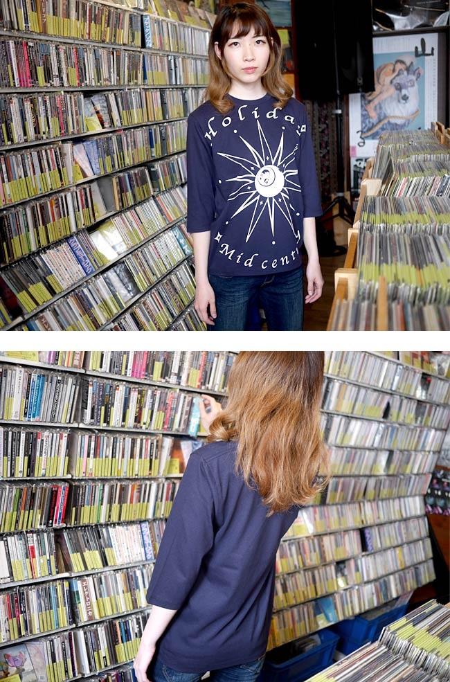 HOLIDAY ホリデー ハーフスリーブ Tシャツ The Ghost Writer 5分袖 アメカジ カジュアル ストリート スカル ロック オリジナル グラフィック プリント メンズ レディース ビックプリント かっこいい 大きいサイズ ネイビー 紺色 Sサイズ Mサイズ Lサイズ Tシャツ屋さんバンビ