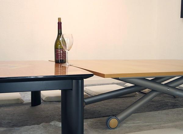 座卓やこたつ高さにある伸張式テーブル