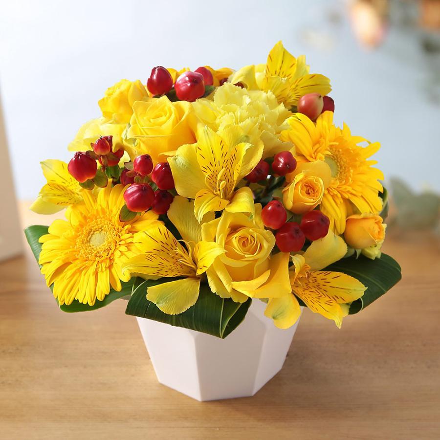 【誕生日プレゼント ギフト 女性 花 バラ ユリ】おまかせアレンジメント Sサイズ bunbunbee 31