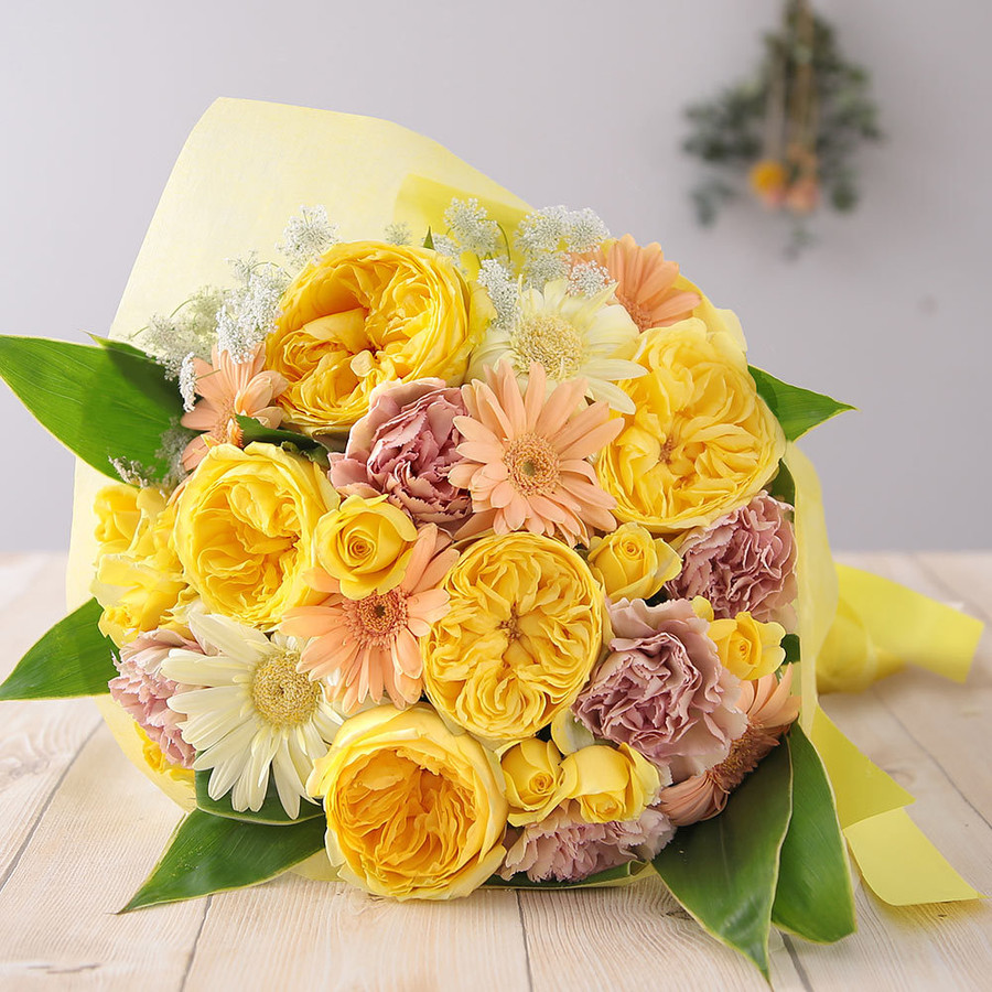 【誕生日プレゼント ギフト 女性 花 バラ ユリ】おまかせアレンジメント Mサイズ|bunbunbee|32