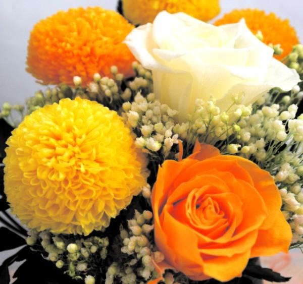 還暦・喜寿・米寿など長寿のお祝いに枯れない花プリザーブドフラワーのギフト