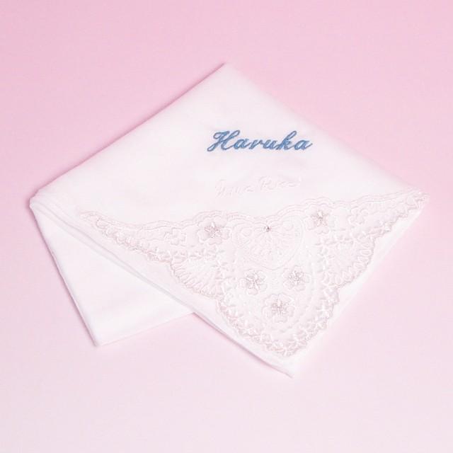 名入れ刺繍ハンカチ