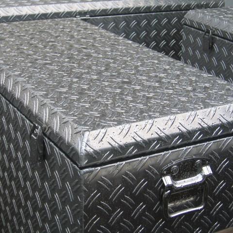 アルミチェッカーボックス 幅833mm ノーマルタイプ
