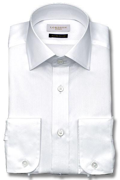 定番の白シャツ