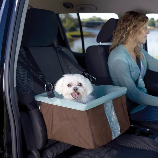 折り畳み式で取付けも簡単 犬用ドライブボックス KURGO