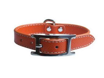 高級革を使用した国産ブランド プチパニエの革製首輪