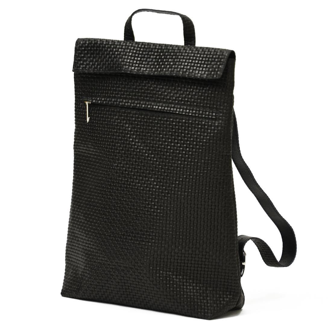 trakatan【トラカタン】バッグパック TRK901 BLACK イントレチャートレザー ブラック