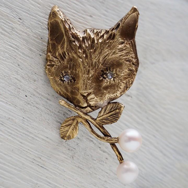 2月22日は「猫の日」!ものづくり作家さんによる、猫モチーフの手作りアクセサリー&腕時計