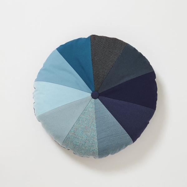 クッション 北欧 デンマークデザイン インテリア Place de Bleu : グラディエント|crossed-lines|03