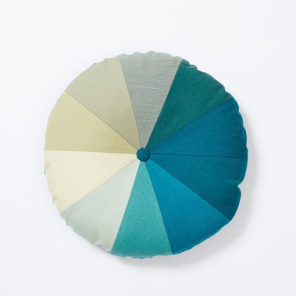 クッション 北欧 デンマークデザイン インテリア Place de Bleu : グラディエント|crossed-lines|04
