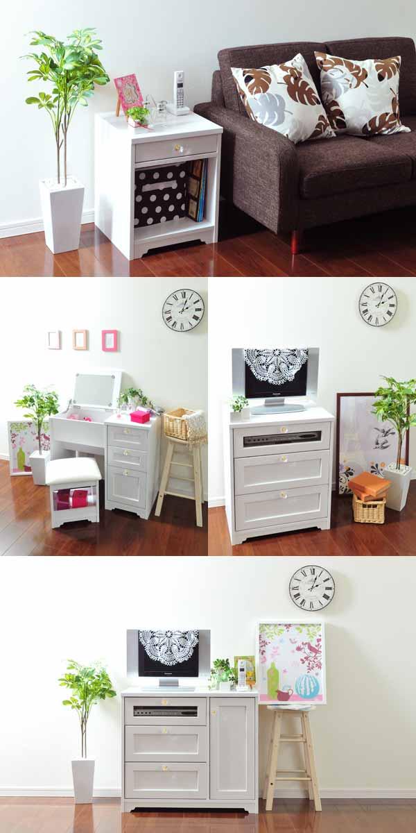 ホワイトのアンティーク家具