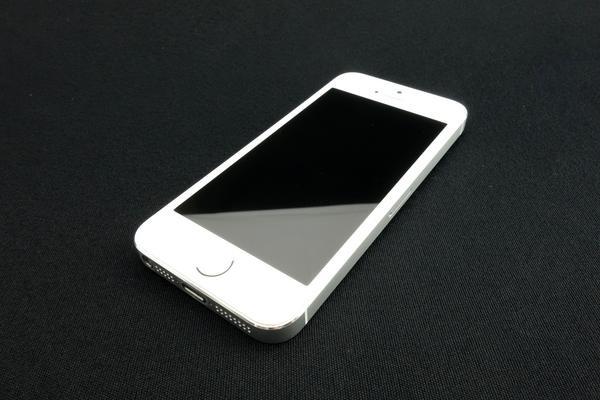 超美品 iPhone5s 16GB