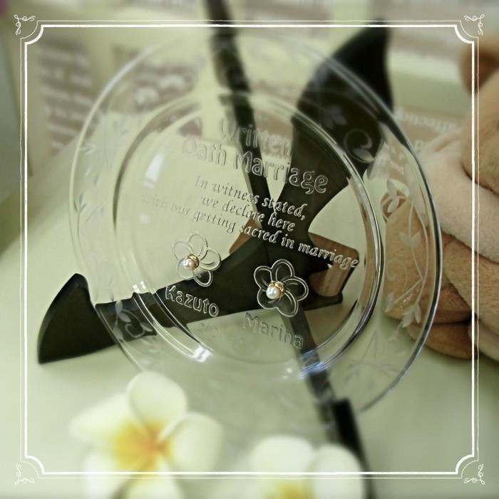 高級クリスタルガラスのリングピロー