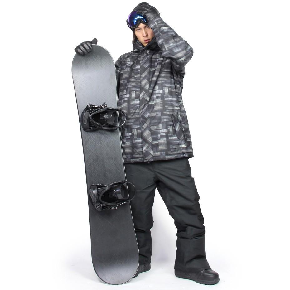 【おすすめコーディネート】スノーボードウェア メンズ シックなワントーンコーデ VAXPOT