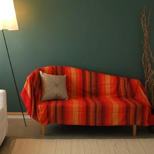一枚布で簡単にお部屋が変わる!マルチカバーの使い方
