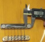 せり上げボルトの直径を測る