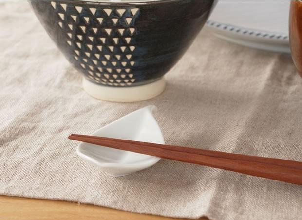 白山陶器 HAKUSAN 箸置き 木の葉 波佐見焼