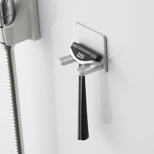 マグネットバスルームシェーバーホルダー tower タワー 山崎実業  壁 収納 浴室収納 壁面収納 バスルーム 磁石 04706 04707