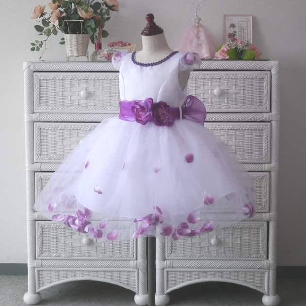 http://shopping.c.yimg.jp/lib/firstlady/0320.jpg