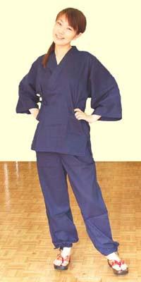 F806作務衣女性使用
