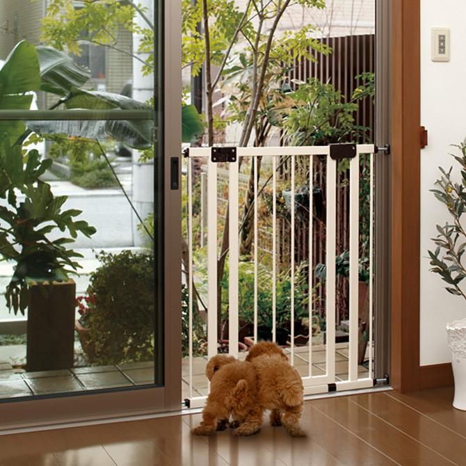 サッシゲイト (窓、網戸用飛び出し防止ゲート)