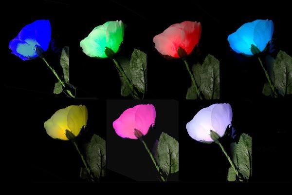 光るバラ光り方