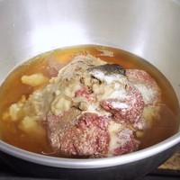 餃子には意外とお肉が入っています
